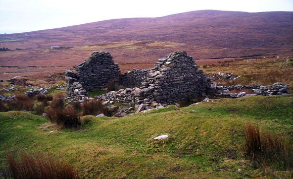 Famine Village on Achill Island - Photo by Fibbons